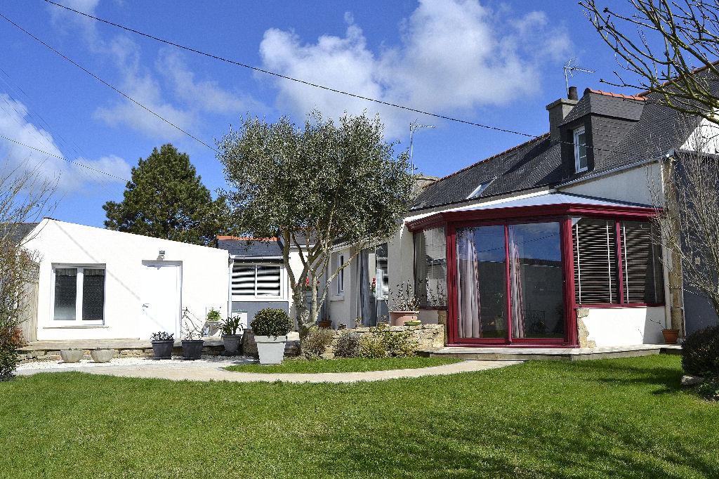 Immobilier ploudalmezeau a vendre vente acheter for Maison avec jardin a acheter